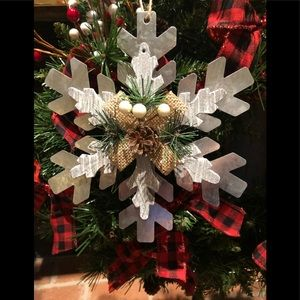 Other - ❄️Christmas Metal Snowflake Ornament❄️